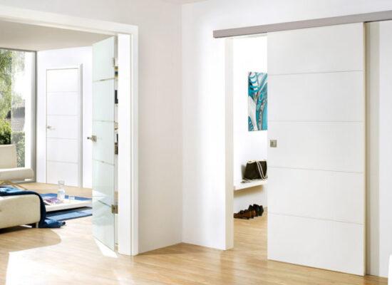 header-weißlacktüren-weiße-innentüren-holzfachmarkt-ausstellung-bayreuth-1024x480